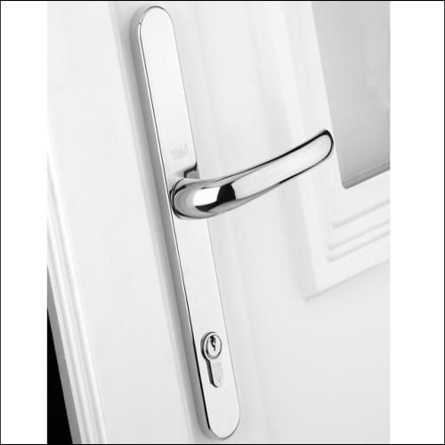 Yale Door Handle Pvcu Polished Chrome Finish