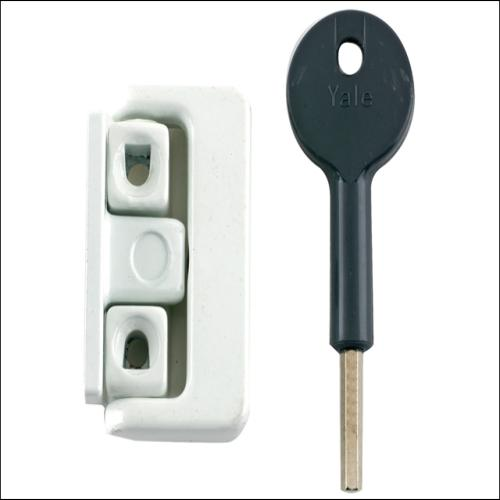 Yale 8k101 Latches White Finish Multi Pk4